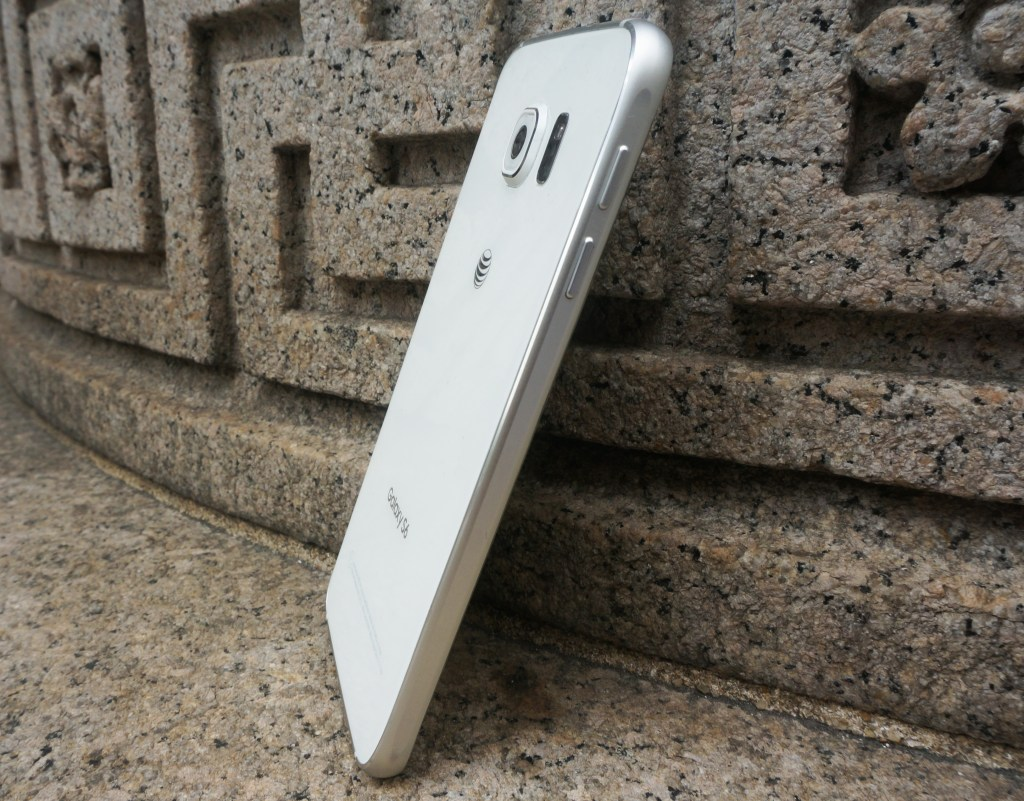Samsung Galaxy S6 Review - #GalaxyS6 - Volume Buttons - Analie Cruz