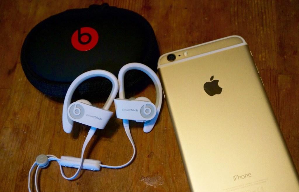 Beats by Dre - Powerbeats 2 Wireless - Apple iPhone 6 Plus - Analie Cruz (4)