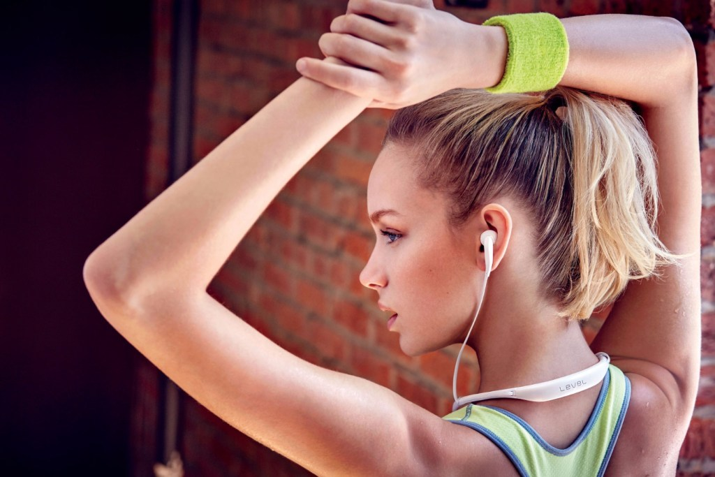 Samsung LEVEL U Wireless Headphones Earbuds - Woman - Analie Cruz