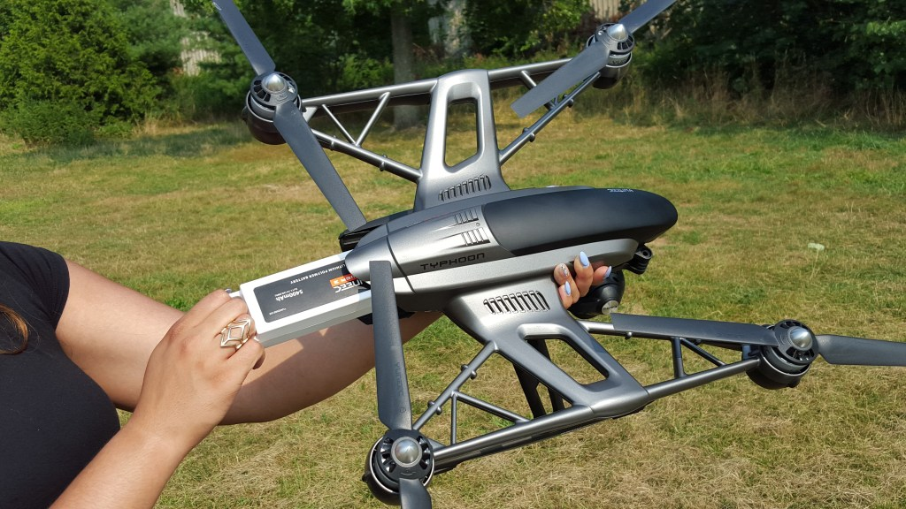 Yuneec Typhoon Q500 4K Drone Review - Analie Cruz (5)