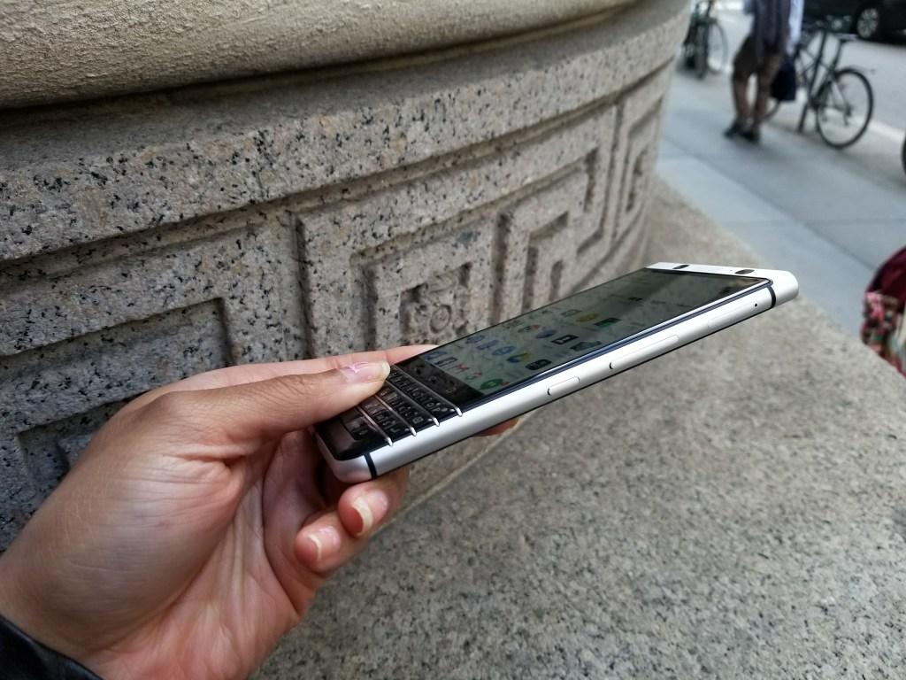 BlackBerry KEYone Smartphone - Convenience Key and volume rocker