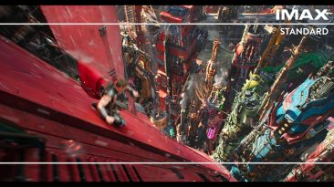 Thor Ragnarok GIF IMAX