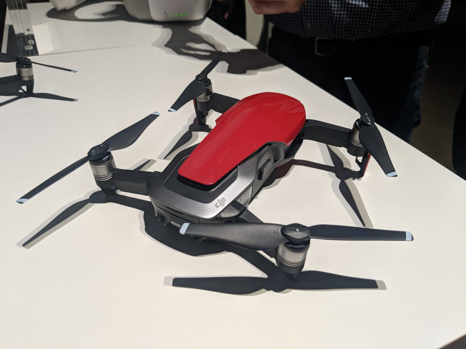 DJI Mavic Air - Drone - Red