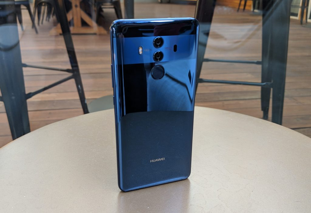 Huawei Mate 10 Review - Glass and Metal back