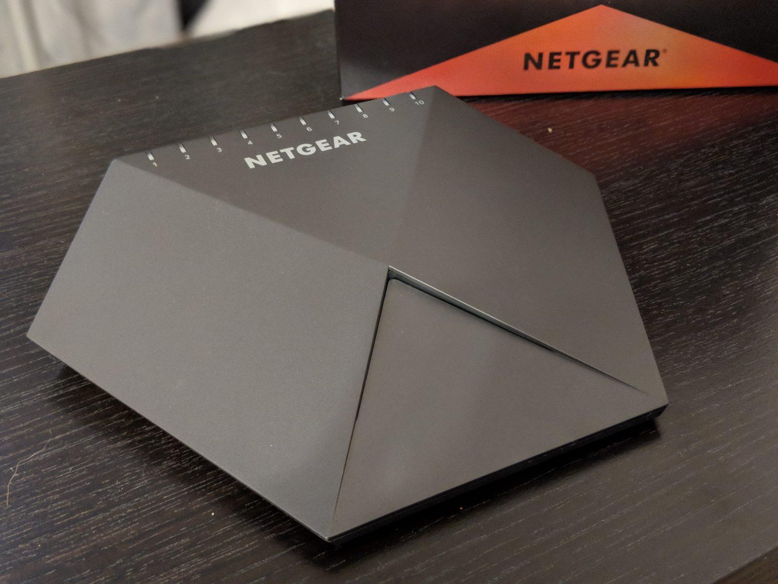 Netgear Nighthawk Pro Gaming Switch SX10 Review - 2