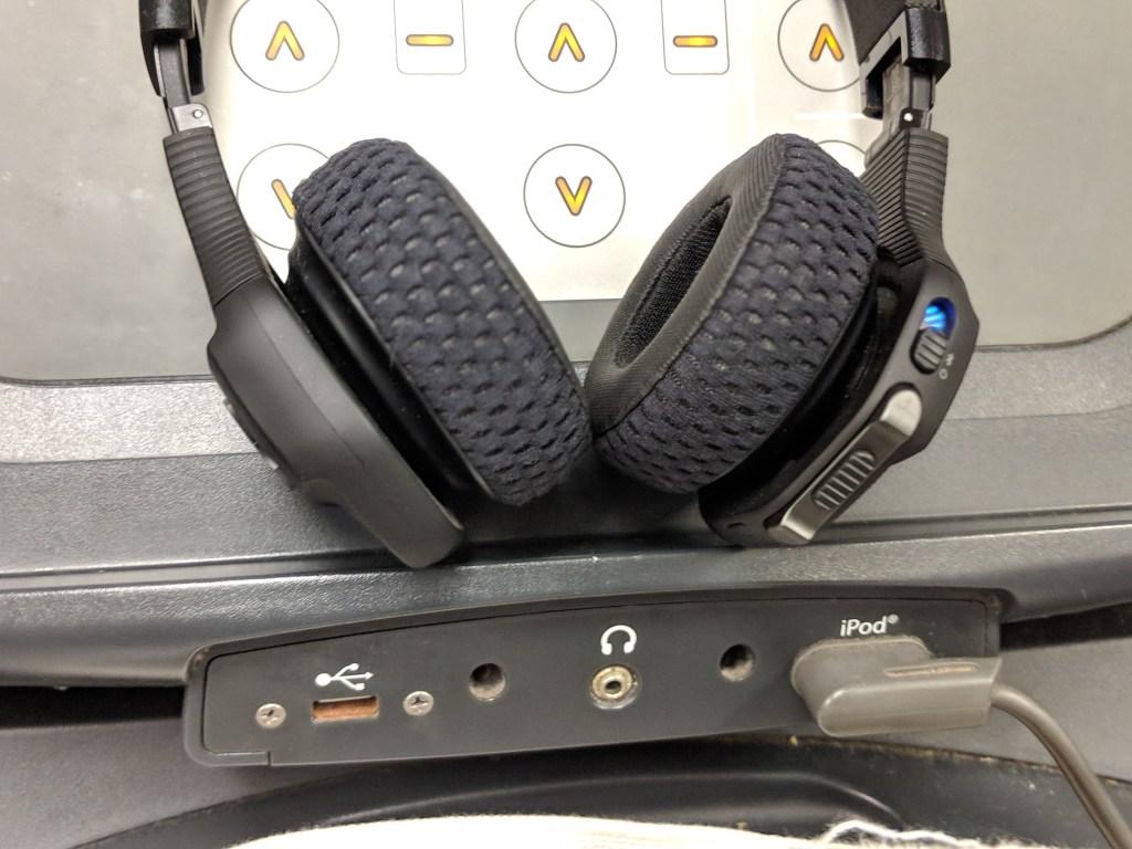 Ear pads - UA Wireless Sport Train Headphones JBL - 1