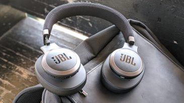 JBL LIVE 650BTNC wireless over-ear Headphones Review (15)