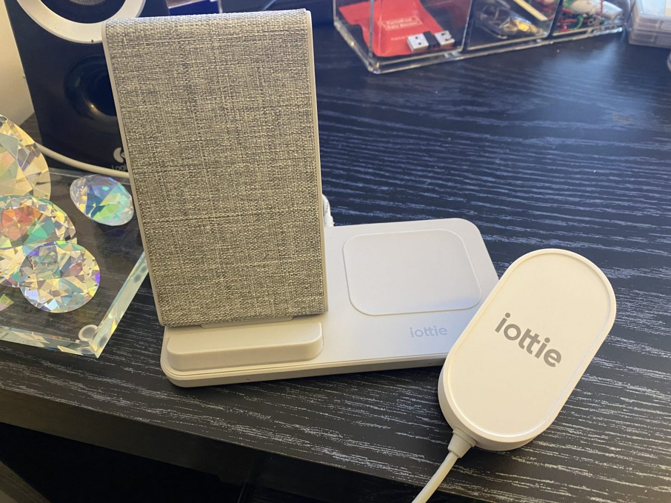 iOttie Wireless Duo Fast Charging Stand and Pad